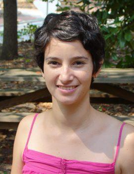 Carolina Batis Headshot